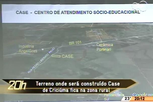 TVCOM 20 Horas - Terreno onde será construído Case de Criciúma fica na zona rural - 21.05.15