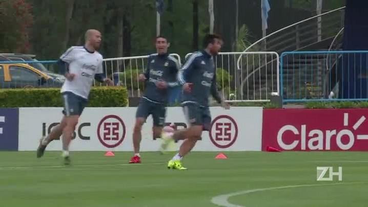 Argentina treina para enfrentar o Brasil