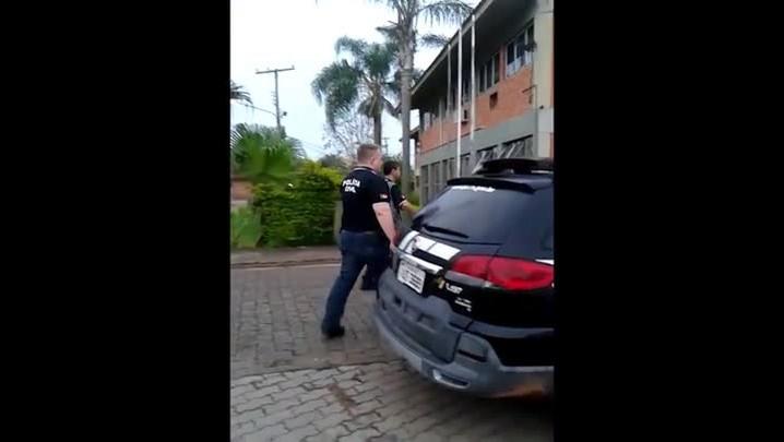 Polícia prende dois por série de roubos em 5 cidades da Região Central