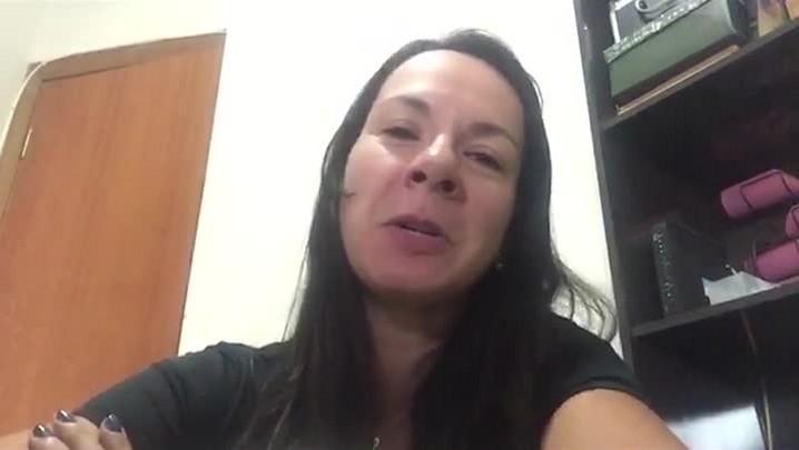Conheça a locutora Malu Pontes, nova voz do Google Maps