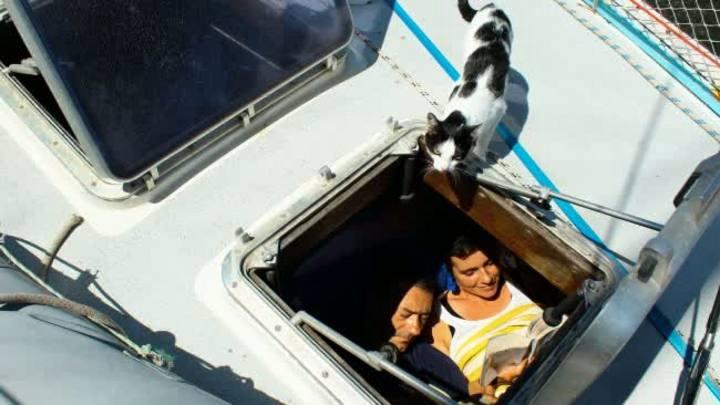 Saiba como é a vida daqueles que moram em um barco