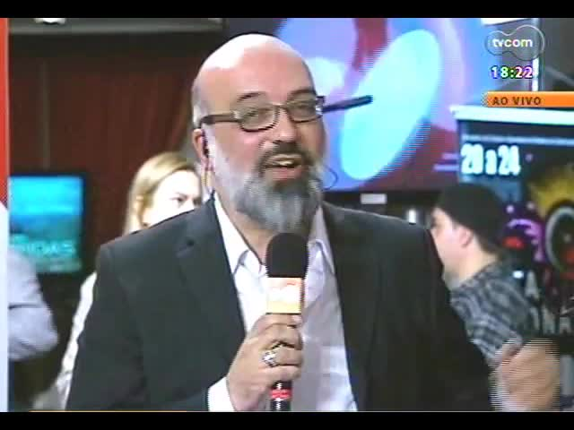 Programa do Roger - Direto da Festa Nacional da Música: Falcão e Yamandu Costa - bloco 4 - 21/10/2013