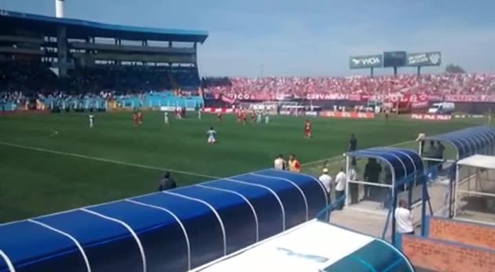 Confira o primeiro gol do Avaí sobre o Internacional