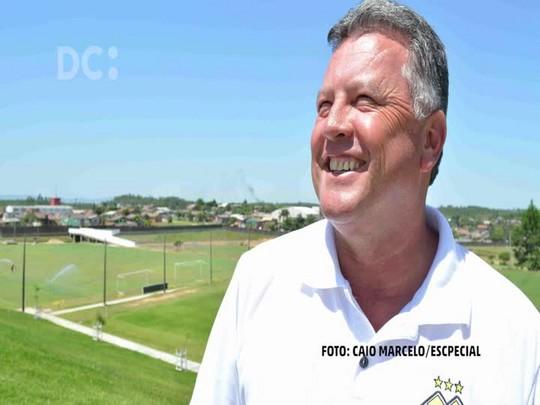 Roberto Cavalo, técnico do Criciúma, revela como ganhou o apelido
