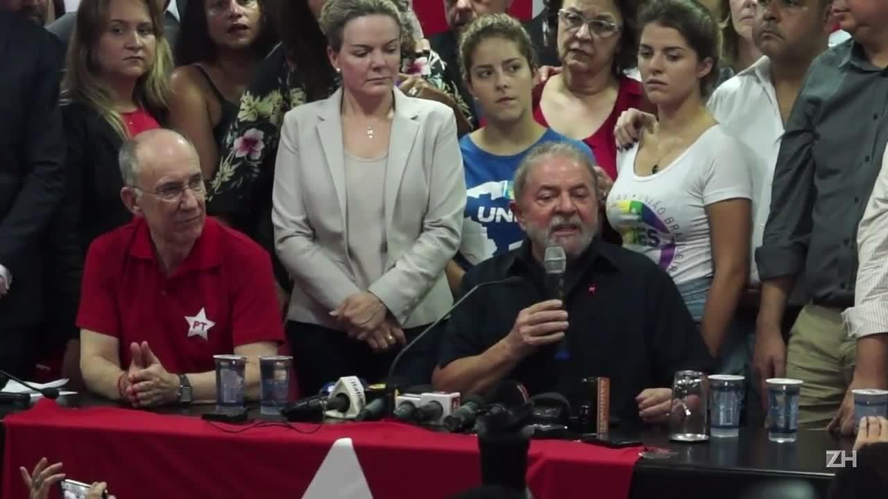 Ministério Público de São Paulo denuncia Lula