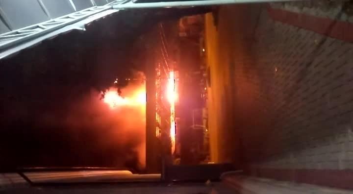 Incêndio em loja de Joinville visto do Bom Jesus/Ielusc