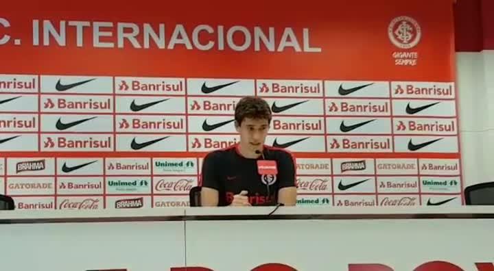 Rodrigo Dourado elogia trabalho de Lisca