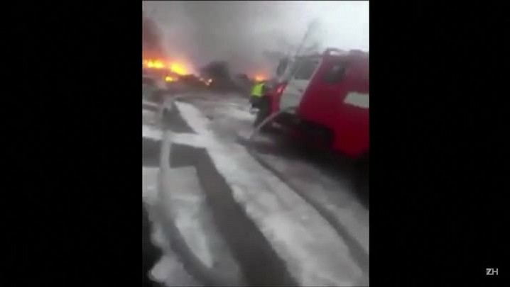 Mais de 30 pessoas morrem em queda de avião no Quirguistão