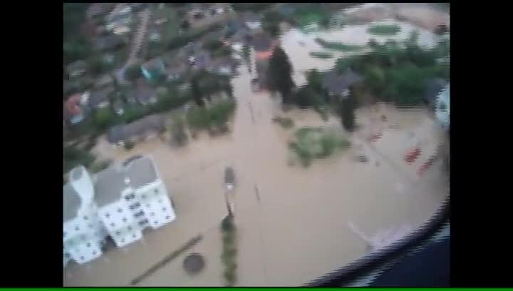 Em Rio do Sul helicóptero Arcanjo do Corpo de Bombeiros sobrevoou área atingida pela chuva
