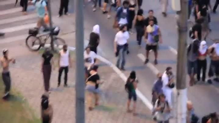 Manifestantes se unem a rodoviários em protesto na Capital. 31/01/2014