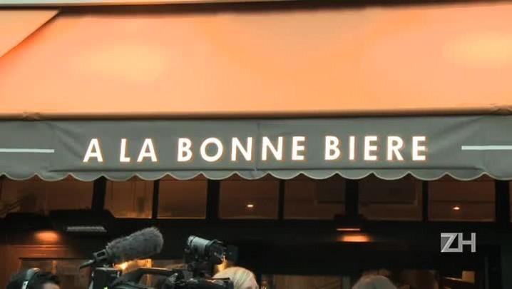 Bar que foi alvo de ataques em Paris reabre