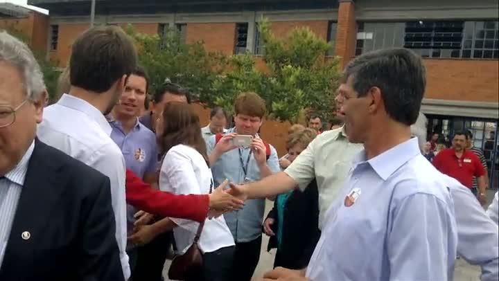 Leite e Marroni se encontram duas vezes durante votação em Pelotas