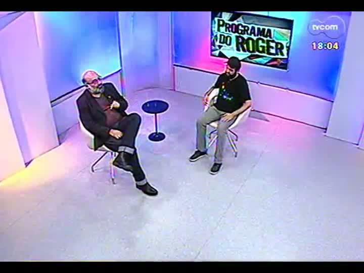 Programa do Roger - Entrevista com o curador da exposição \'Descolagem #1\', Lucas Pexão - bloco 2 - 26/03/2013
