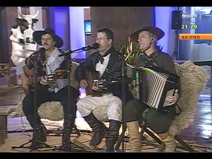 TVCOM Tudo Mais - Curta a música e um bate-papo com os tradicionalistas Elton Saldanha, Carlos Augusto e Rodrigo Pires