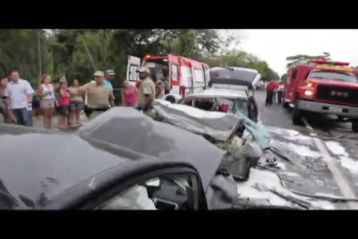 Sete pessoas ficam feridas em acidente na BR-280, em São Francisco do Sul
