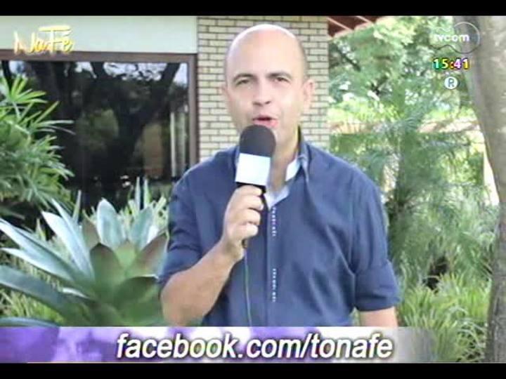 Na F� - Clipes de m�sica gospel e bate-papo com Luiz Lamarque - 23/03/2014 - bloco 3