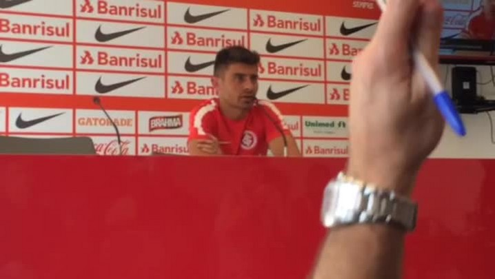 Alex fala sobre oportunidades na equipe do Inter