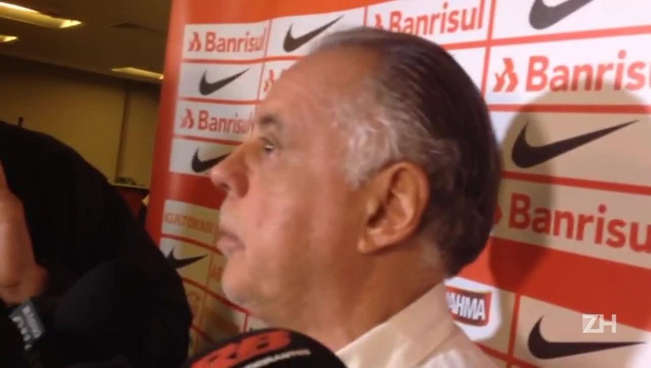 Carvalho fala sobre mexidas de Roth no jogo contra o Palmeiras