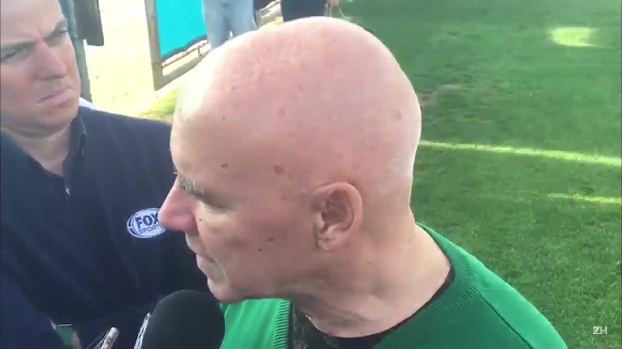 Demitido, Espinosa lamenta saída e critica direção do Grêmio