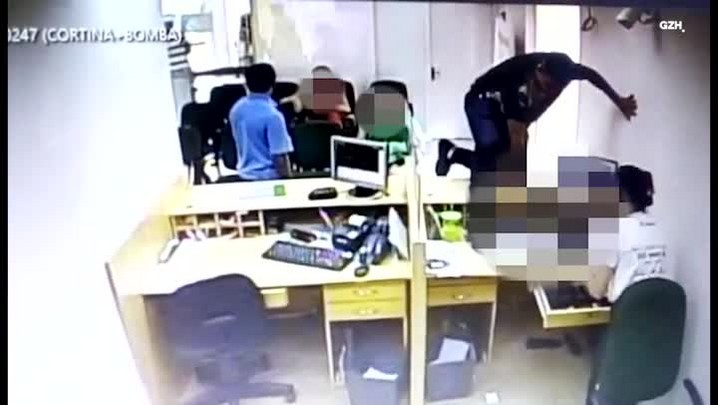 Polícia divulga imagens de criminosos que assaltaram banco em São José do Herval