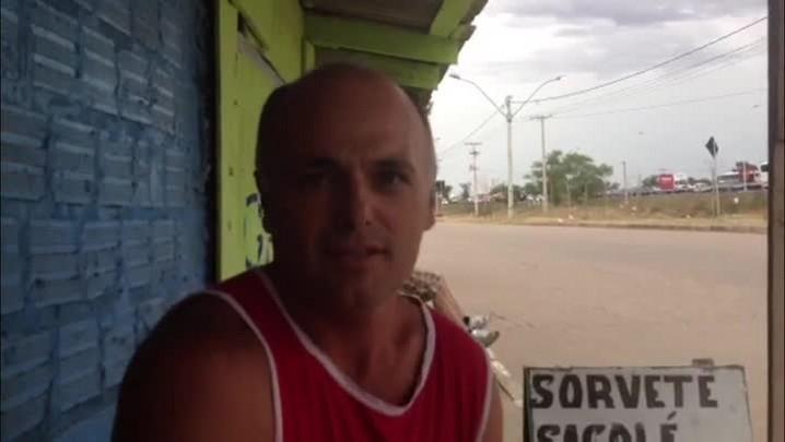 Morador se nega a deixar comércio na Vila Liberdade por causa do baixo valor do aluguel social. 15/01/2014