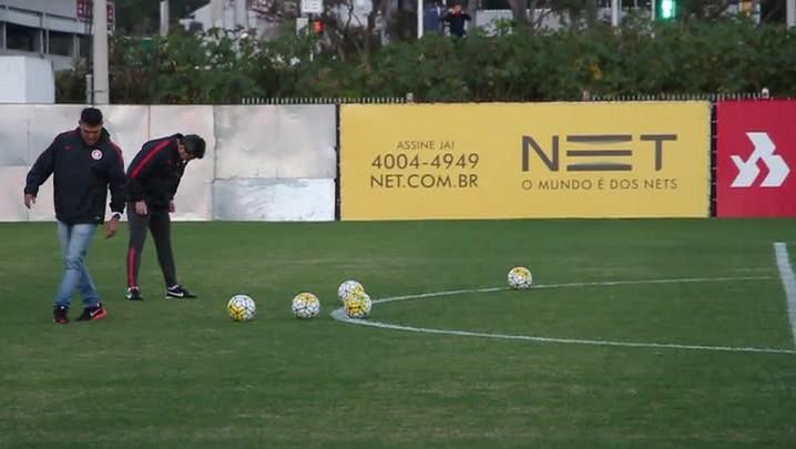 Argel desafia Muriel no chute a gol