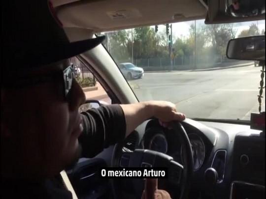 Repórter do DC conversa com taxista que apoia Trump em Chicago
