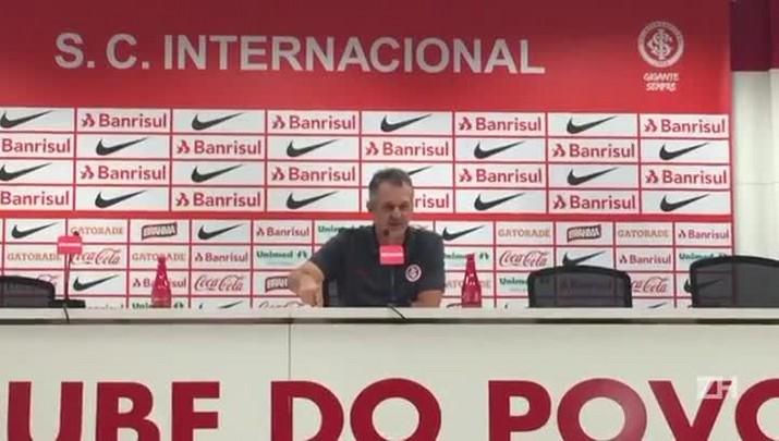 Lisca parabeniza torcedor que foi a Inter x Cruzeiro