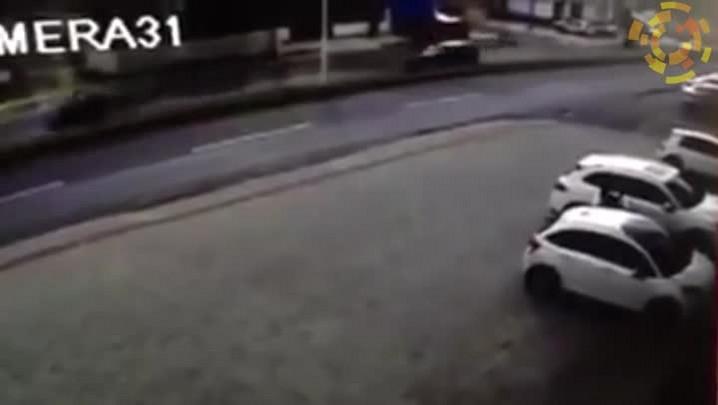 Carro desengatado invade pista da rodovia Osvaldo Reis, em Itajaí