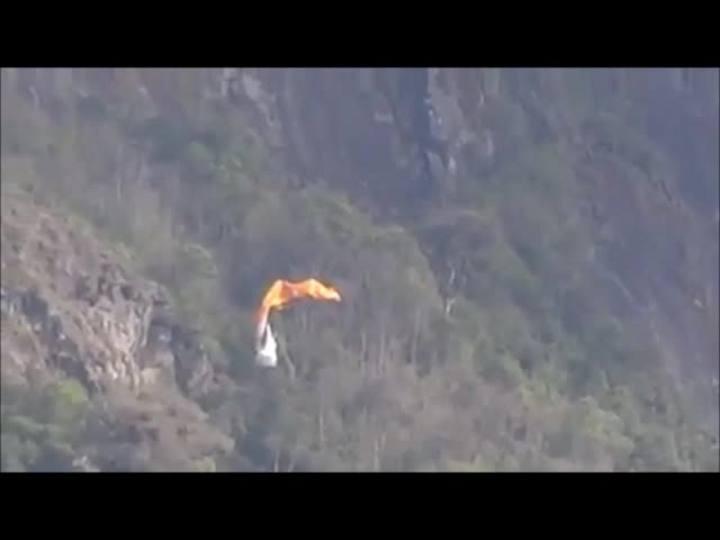 Piloto de parapente sofre acidente em Jaraguá do Sul