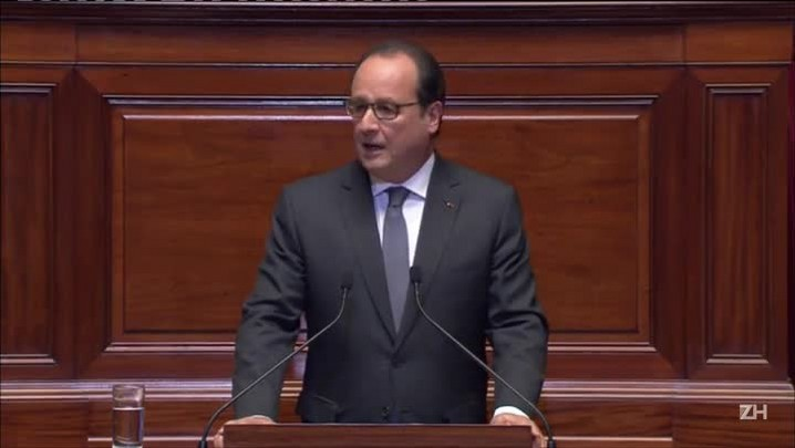 Hollande: França está em guerra contra o terrorismo jihadista