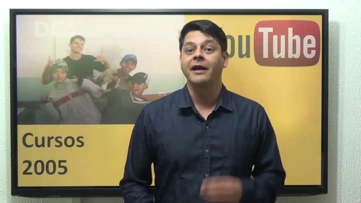 Professor conta a história do canal Gramática em Vídeo