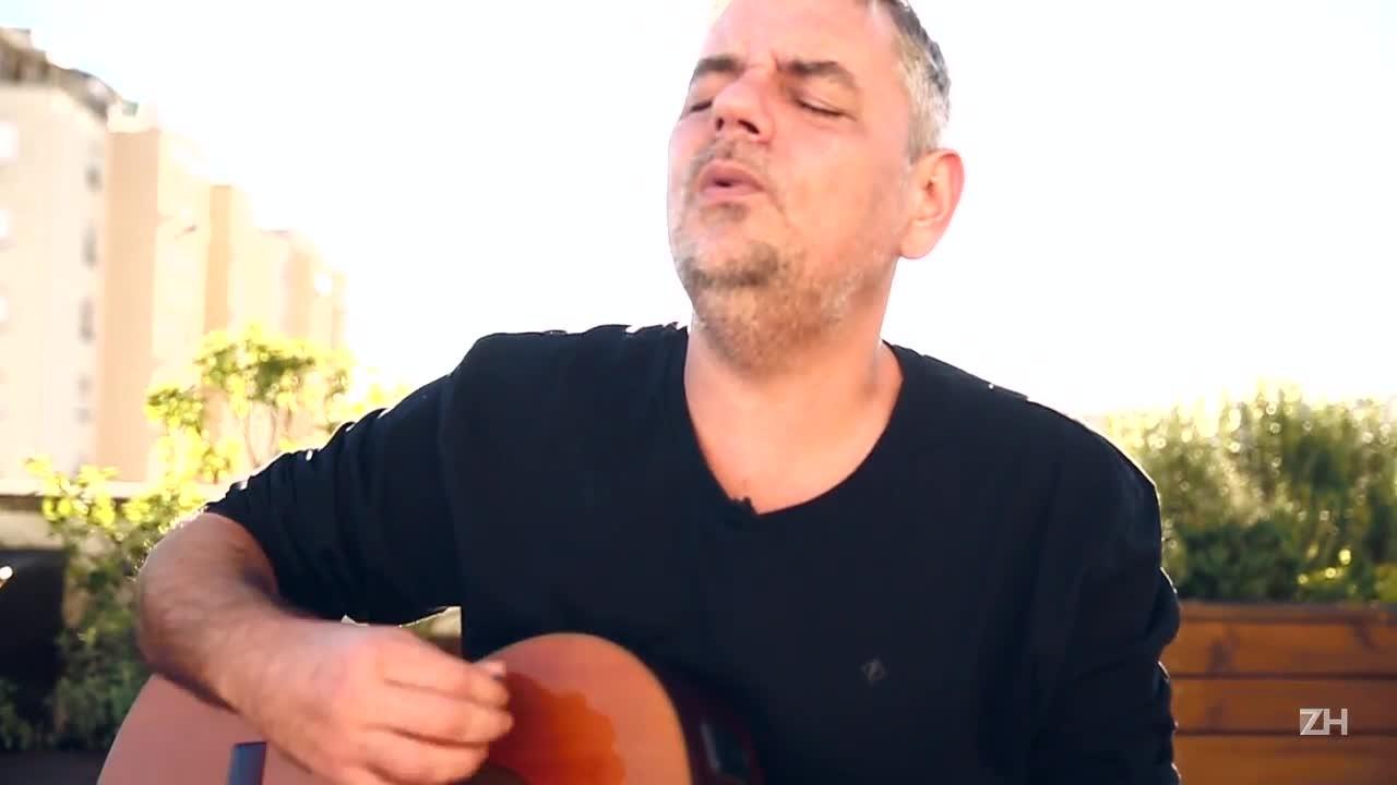 Tonho Crocco apresenta seu novo disco, Das Galáxias