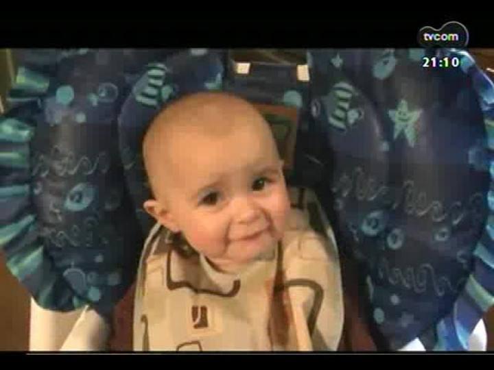 TVCOM Tudo Mais - Especialista analisa o comportamento do bebê que se emocionou ao ouvir a mãe cantando