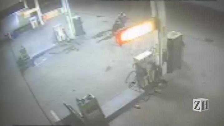 Veja imagens de assalto a céu aberto em posto de combustíveis da Capita