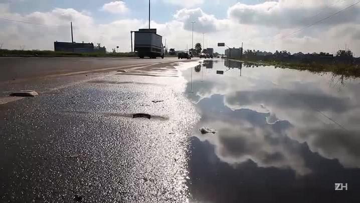 Trânsito na Assis Brasil é liberado após uma semana de bloqueio