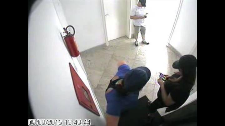 Polícia Civil investiga assalto em prédio de luxo em Porto Alegre