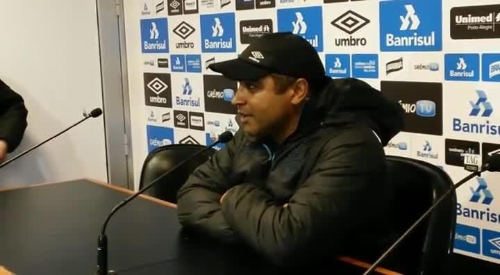 Roger confirma Wallace Oliveira como titular