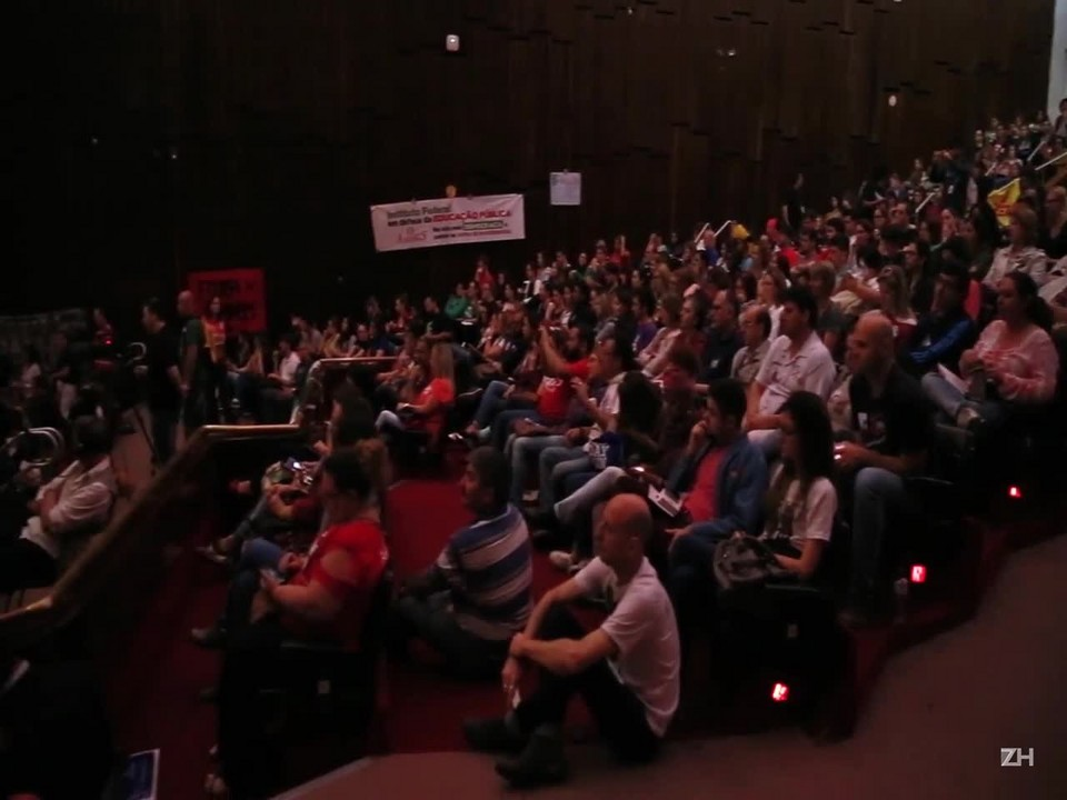 Audiência pública debate PEC do teto e reforma do Ensino Médio
