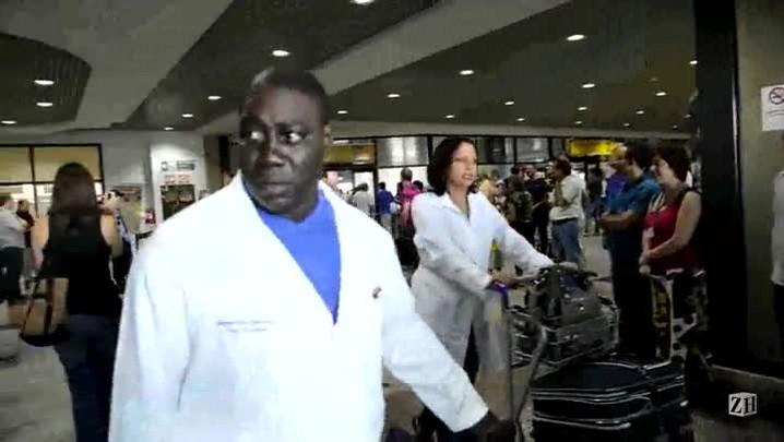 Médicos cubanos chegam em porto Alegre