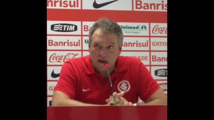 Vídeo: Confira a íntegra da coletiva de Abel Braga - 07/02/2014