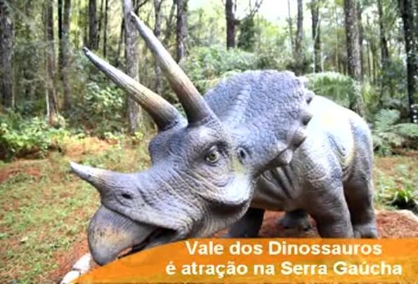 Dinossauros são atração na Serra Gaúcha