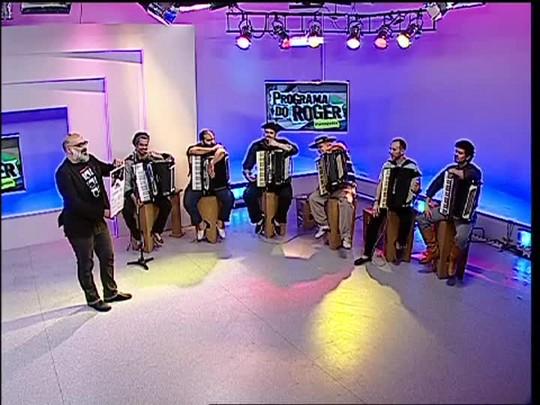 """Programa do Roger - \""""Gaiteiros do Mundo\"""" - Bloco 3 - 12/11/2014"""