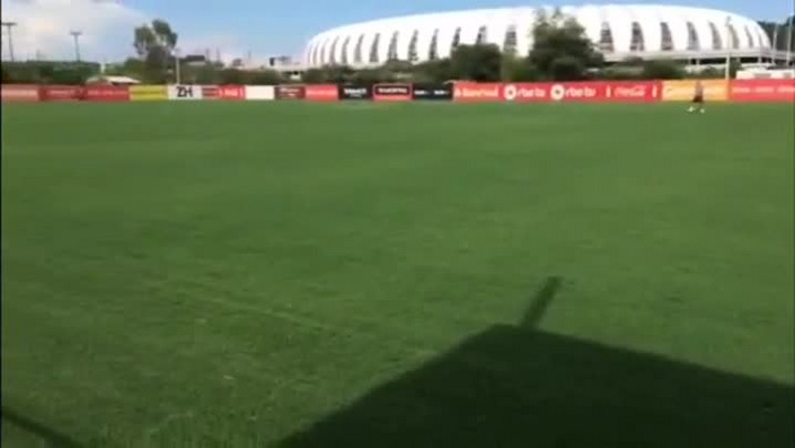 Com Nilton, jogadores do Inter fazem segundo treino de 2015
