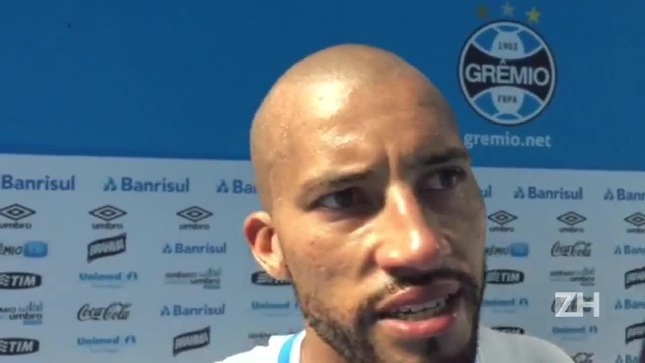 """Kadu sobre gol contra: \""""Não deu tempo de tirar\"""""""
