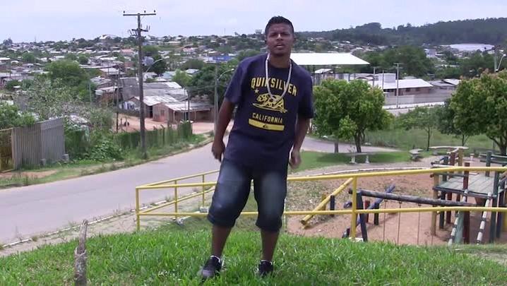 """MC Dieguinho, de Guaíba, usa funk para passar mensagem aos jovens: \""""Crime não é vida\"""""""