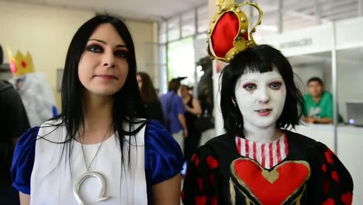 Evento de Cosplay atrai centenas de pessoas em Porto Alegre