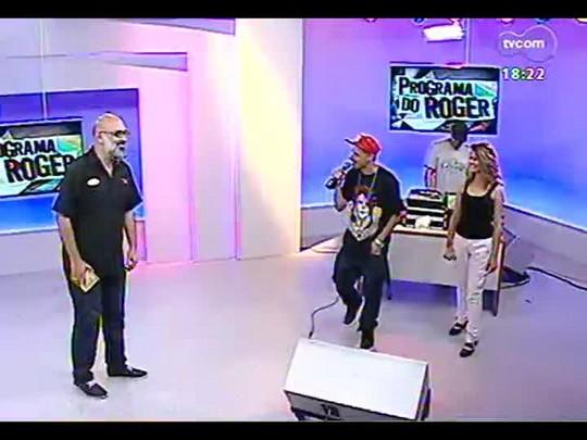 Programa do Roger - Bate-papo e o som do rapper Nitro Di - Bloco 4 - 18/12/2013