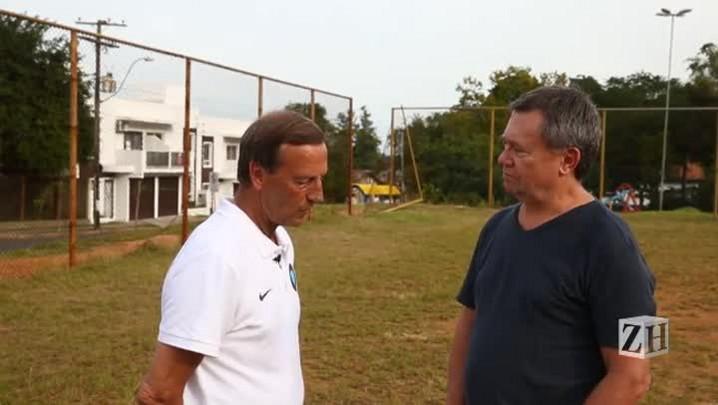 Ex-craque holandês fala sobre Cruyff, Pelé, Messi e a Copa do Mundo