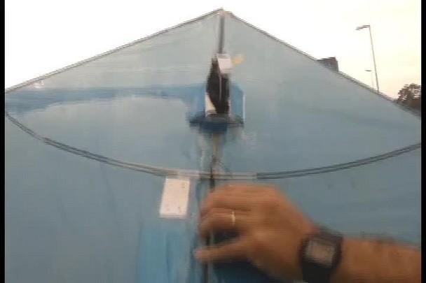 Alunos de escola de Joinville produzem drone com materiais recicláveis